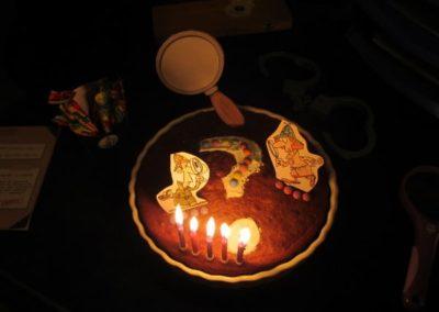 Une Chasse au Trésor - enquête détective - décoration gâteau