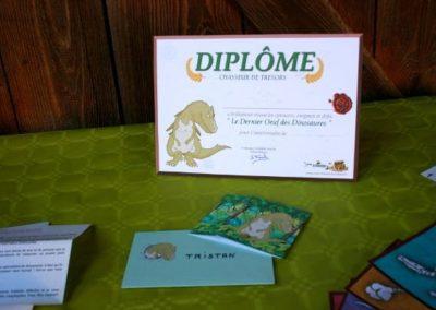 Une Chasse au Trésor dinosaure 4 5 6 7 8 9 10 ans - diplôme