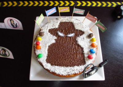 Une Chasse au Trésor espion 4 5 6 7 8 9 10 ans - décoration pochoir gâteau