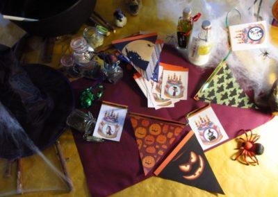 Une Chasse au Trésor - Halloween - décoration guirlandes