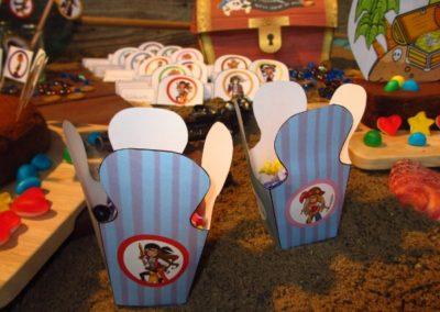 Une Chasse au Trésor - pirate sirène - décoration boîtes à friandises